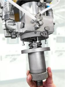 Die Hochdruck-RTM Technologie und Blattfederherstellung im Hochdruck-RTM